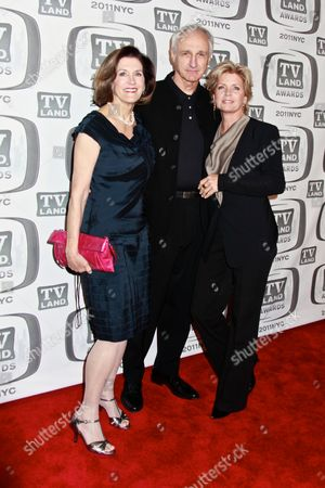 Michael Gross with wife Elza Bergeron and Meredith Baxter