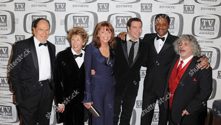 Stock Image of Gabe Kaplan and Marcia Strassman and Ellen Travolta and John Travolta and Lawrence Hilton Jacobs and Robert Hegyes