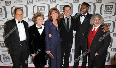 Gabe Kaplan and Marcia Strassman and Ellen Travolta and John Travolta and Lawrence Hilton Jacobs and Robert Hegyes