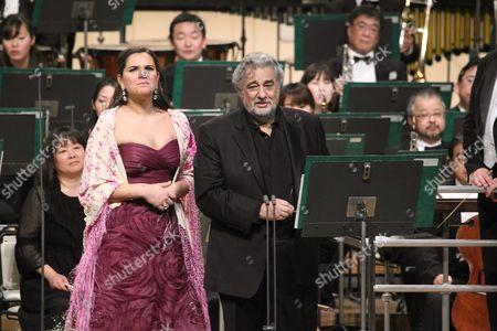 Placido Domingo and soprano Virginia Tola
