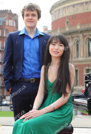 Pianists Benjamin Grosvenor and Alice Sara Ott