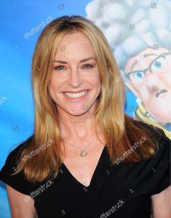 Stock Photo of Amanda Wyss