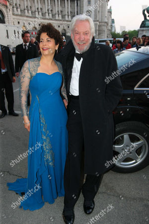 Rola Bauer and Donald Sutherland