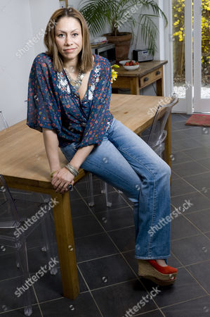 Stock Picture of Dina Carroll