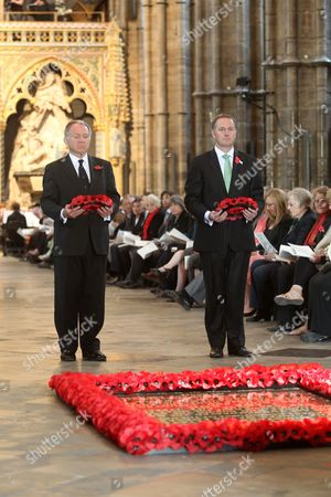 John Dauth, High Commissioner for Australia and John Key, Prime Minister of New Zealand with the wreaths which they laid at the Tomb of the Unknown Warrior