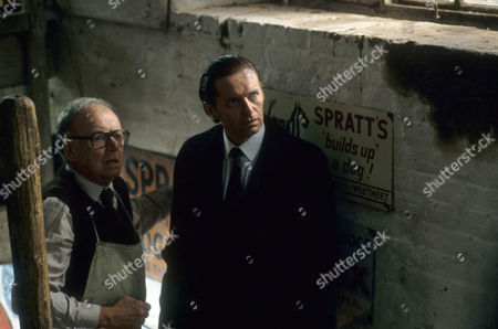 Stock Picture of Robert Urquhart as Dadda Whalby and George Costigan as DI Manciple