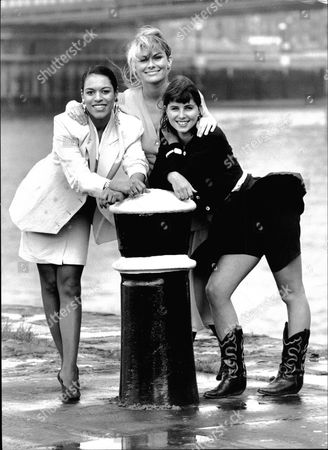 L-r: Debbie Bishop Rachel Fielding And Sadie Frost Who All Play Models In Central Television's New Comedy Les Girls.