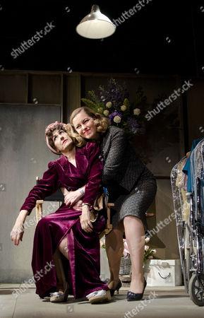 Anita Dobson (Joan Crawford), Greta Scacchi (Bette Davis)