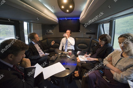 David Cameron On The Conservative Battle Bus Being Interviewed By Evening Standard Editor Geordie Grieg Picture Jeremy Selwyn 28/04/2010