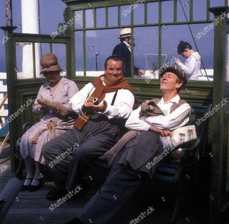 Jo Kendall as Mrs Joe, John Blythe as Joe Brundit and Frank Mills as Jimmy Nunn