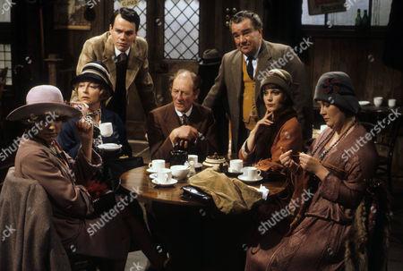 The Dinky Doos - Vivienne Martin as Elsie Longstaff, Judy Cornwell as Miss Elizabeth Trant, Simon Green as Jerry Jerningham, Frank Mills as Jimmy Nunn, John Blythe as Joe Brundit, Jan Francis as Susie Dean and Jo Kendall as Mrs Joe.