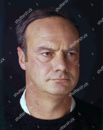 Glynn Edwards as Walter Clegg