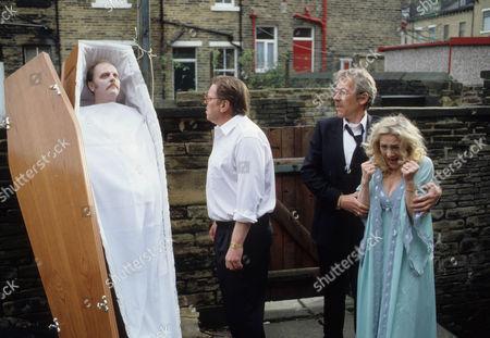 Warren Clarke as Jack Finch, Leslie Schofield as Harry Finch and Shirley Stelfox as Judy Finch