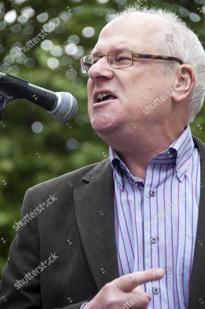 Speaker Steve Bell