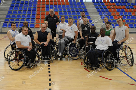 Des Kelly Takes On The Gb Wheelchair Basketball Team In Spain