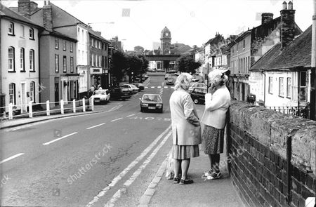 Hungerford Berkshire. The Hungerford Massacre Occurred In Hungerford Berkshire England On 19 August 1987. The Gunman 27-year-old Michael Robert Ryan Armed With Two Semi-automatic Rifles And A Handgun Shot And Killed Sixteen People Including His Mother And Wounded Fifteen Others Then Fatally Shot Himself.