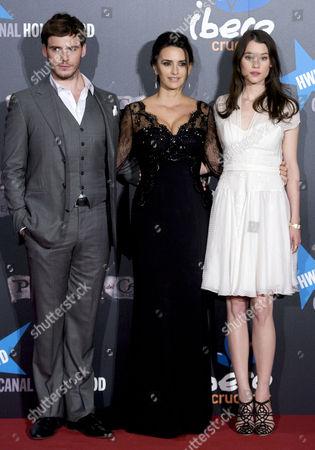 Samuel Claflin, Penelope Cruz and Astrid Berges-Frisbey