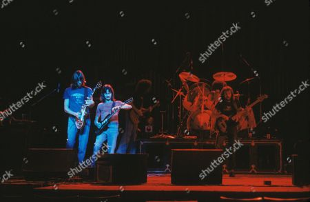 Boston - Tom Scholz, Barry Goudreau, Brad Delp, Fran Sheehan and Sib Hashian during the soundcheck