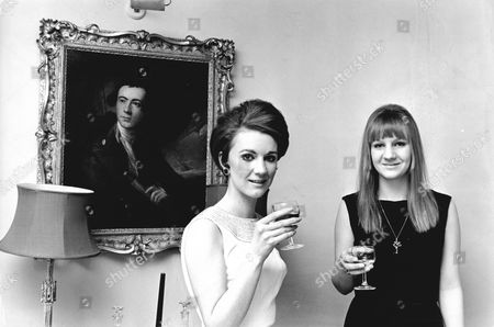 (l-r) Lady Alexandra Wilson And Lady Zara Jellicoe (daughters Of Countess Jellicoe) Ready To Celebrate Their Combined Party. (1960's Pic).