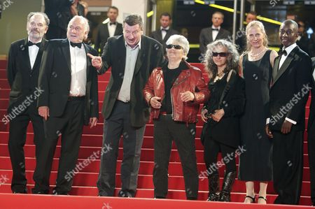 Evelyne Didi, Jean-Pierre Darroussin, Blondin Miguel, director Aki Kaurismaki, Little Bob, Kati Outinen and Quoc Dung-Nguyen