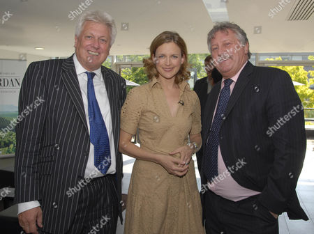 Stock Image of (L-R) aAIM Deputy Chairman Stuart Le Gassick, Katie Derham and Chef Brian Turner