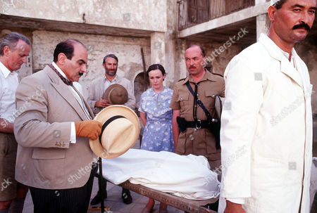 L-R Hugh Fraser (Captain Hastings), David Suchet (Poirot), Ron Berglas (Eric Leidner), Georgina Sowerby (Amy Leatheran) and Iain Mitchell as Superintendent Maitland.