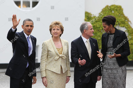 US President Barack Obama, President of Ireland Mary McAleese, Dr Martin McAleese and First Lady Michelle Obama at Aras an Uachtarain, Dublin