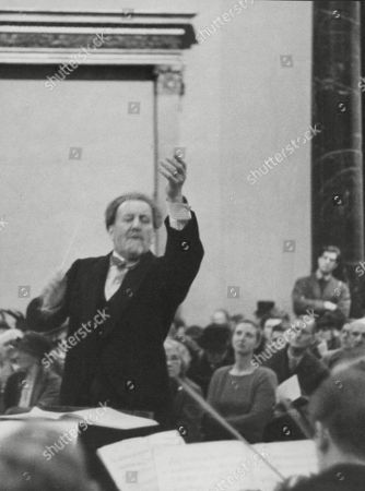 Sir Henry Wood (dead 8/1944) Conducts The Boyd Neal String Orchestra At The Lunch Hour Concert At The National Gallery. 23/11/1939