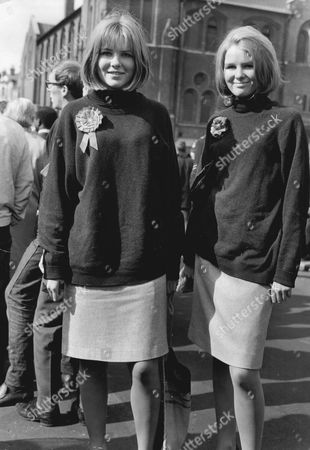 Helen Jay And Catherine Jay 18-year-old Twin Daughters Of Labour Politician Douglas Jay. The Jay Twins (hon. Helen Pennant-rea (nae Jay); Hon. Catherine Boyd (nae Jay).