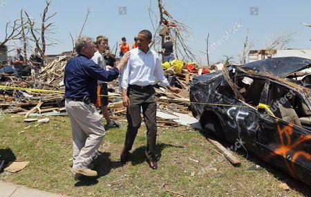 United States President Barack Obama and Missouri Governor Jay Nixon