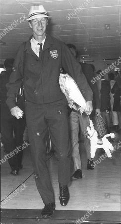 Jack Charlton Arrives Back From Mexico At London Airport - 1970