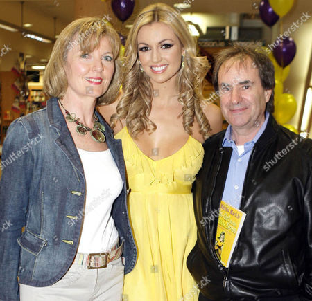 Stock Picture of Rosanna Davison with her parents Diane and Chris de Burgh at the launch of the latest book by Marisa Mackle 'The girl in the Yellow Dress' which Rosanna illustrated