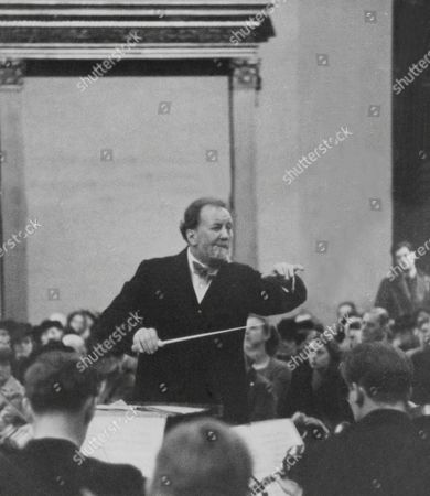 Sir Henry Wood Conducts The Boyd Neal String Orchestra Lunch Hour Concert At The National Gallery.
