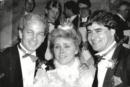 Wedding Of Cricketer Chris Cowdrey To Swedish Financial Consultant Christel Holst-sande At The Swedish Church In Harcourt Street Marylebone. The Happy Couple Are Pictured With The Best Man David Gower (l).