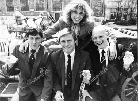 Sharron Davies With (l To R) Alan Wells Neil Adams And Duncan Goodhew. In Background Is The Vintage Car Used In The Film 'chitty Chitty Bang Bang'. The Sporting Stars Were At London's Guildhall To Watch The Presentation Of A250 00 To The Sports Aid Foundation By The British Car Auctions Firm.