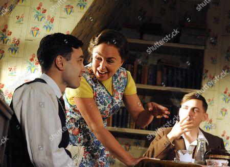 'Chicken Soup with Barley' - Ilan Goodman (Prince), Samantha Spiro (Sarah) and Joel Gillman (Dave)