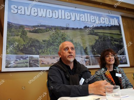 Woolley Valley Near Bath. The Centre Of Planning Problems For Harry Mount Feature . Former Resident And Musician Peter Gabriel With Daily Mail Writer Bel Mooney.