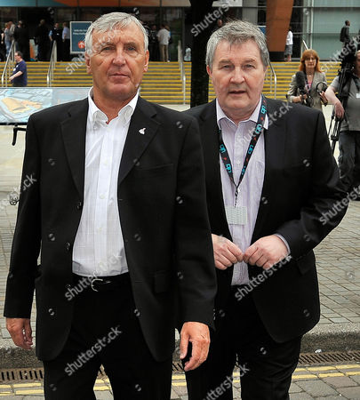 Unite Union Policy Conference At Manchester Central Convention Centre. - Joint General Secretaries Tony Woodley (l) And Derek SiMPson. 31/5/10