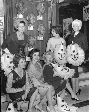 Six Of The West End's Top Women Stars Yesterday Paid Tribute To The Crazy Gang When Busts Were Unveiled At The Victoria Palace. Standing L-r: Beryl Grey Adrienne Corri And Fenella Fielding. Seated L-r: Millicent Martin Elizabeth Seal And Shani Wallis.
