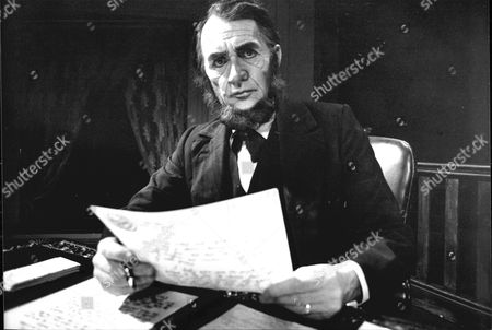 Actor Roy Dotrice Is Seen As Abraham Lincoln