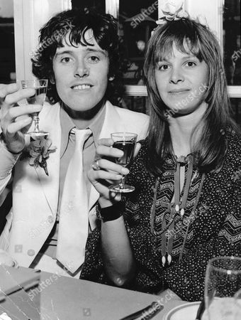 Singer Donovan And His Bride Linda Lawrence After Their Wedding At Windsor Registry Office.