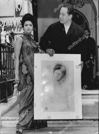 Royal Portrait Painter Pietro Annigoni With Sharmini Thiruchelvam And Her Portriat 1966