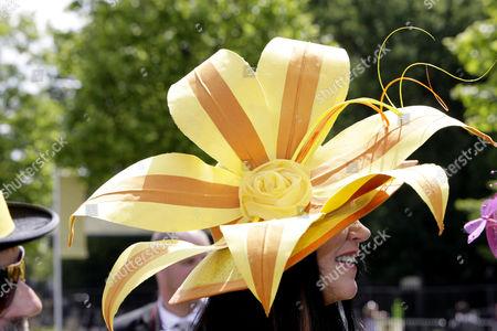 Hat by Ilda Di Vico