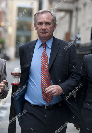 A Furious Geoff Hoon Former Defense Secretary Leaves The Central London Inquiry Into The Death In British Custody Of Baha Mousa Who Died While Being Interrogated By British Soldiers In Basra Southern Iraq In 2003.