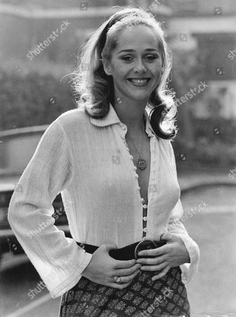 Actress Hilary Dwyer Of 'hadleigh' Fame.