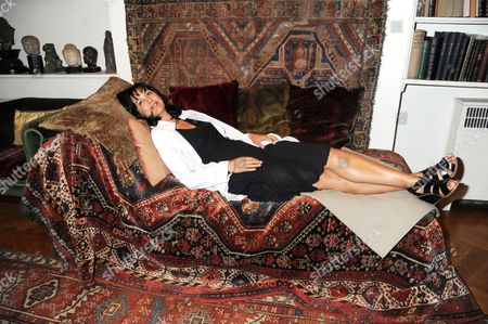 Polly Gilmour on Freud's Psychoanalysis couch