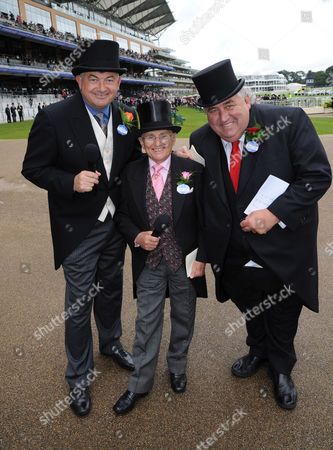"""(L) John Parrott, former snooker player, (C) Willie Carson and (R) Gary Wiltshire, bookie, the BBC """"Betting Team""""."""