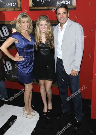 Ramona Singer, Avery Singer and Mario Singer