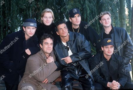Boyzone - Stephen Gately, Ronan Keating, Shane Lynch, Keith Duffy and Mikey Graham with Robbie Williams and Peter Andre at the London Headquarters of MTV