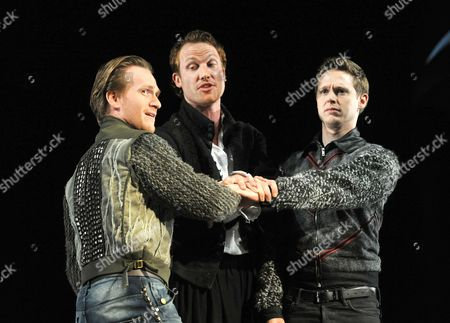 Jamie Parker as Guildenstern, Jack Hawkins as Hamlet and Samuel Barnett as Rosencrantz